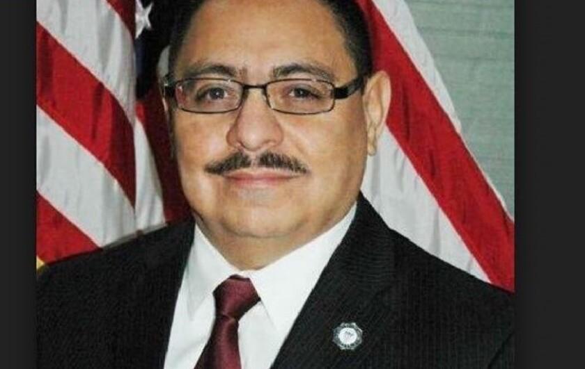 Edwin Hernández, concejal de Lynwood.
