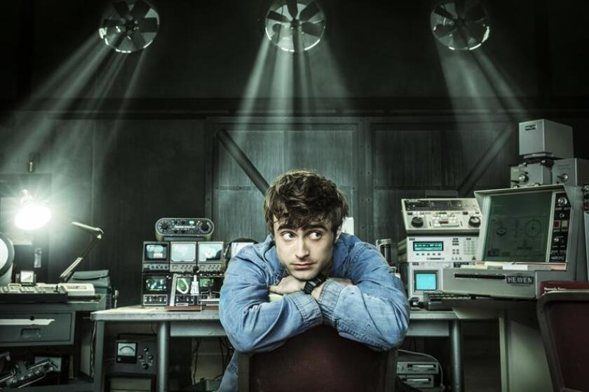 """Shot of actor Daniel Radcliffe as the angel Craig in the series """"Miracle Workers,"""" and who first gained movie fame in the role of the young wizard Harry Potter, a renown that stays with him and, as he says, far from being a burden is more like a gift. EFE-EPA/TNT-Turner/File"""