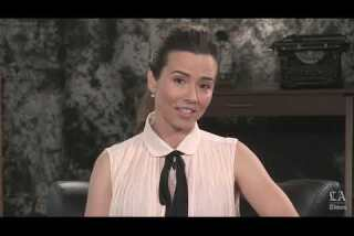 Linda Cardellini discusses the unsettling but sometimes relatable family dysfunction of 'Bloodline'