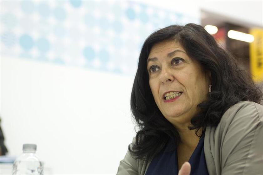 Almudena Grandes: hay más distancia entre los catalanes que entre políticos