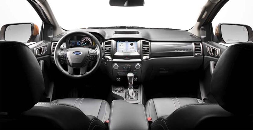 2019-Ford-Ranger-interior1.jpg