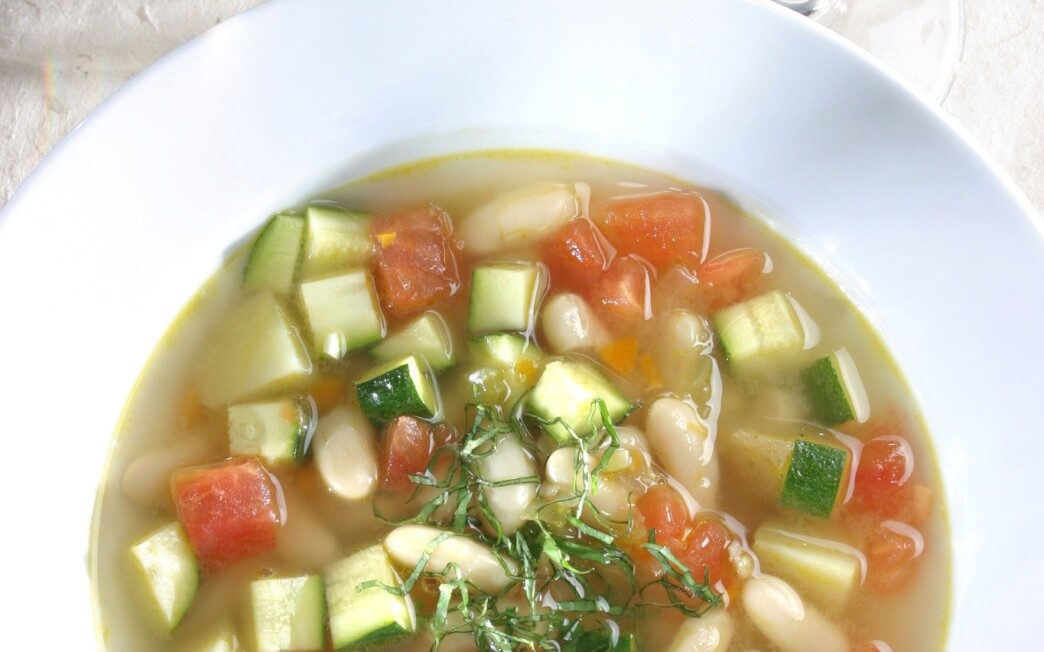 Tuscan minestrone