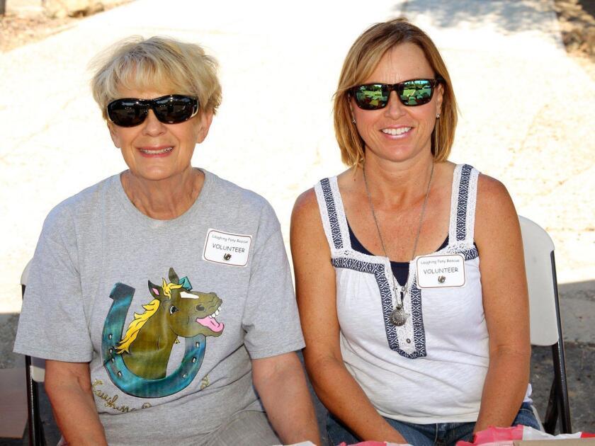 Gloria Johnston, Sandy Osterberg
