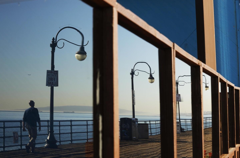 Strolling Santa Monica Pier