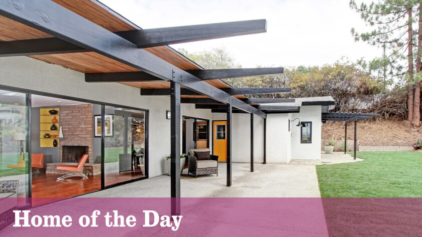 Home of the Day: Midcentury rambler in Altadena