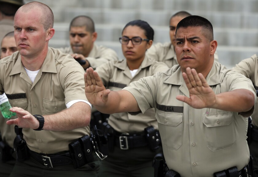 L A  County Sheriff's deputies approve new contract - Los