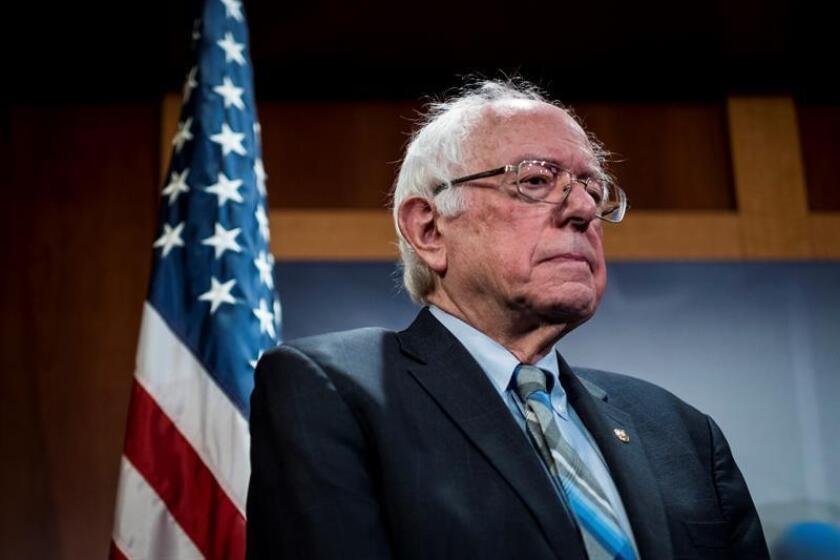 El senador Bernie Sanders ofrece este miércoles una rueda de prensa en el Capitolio. EFE/Archivo