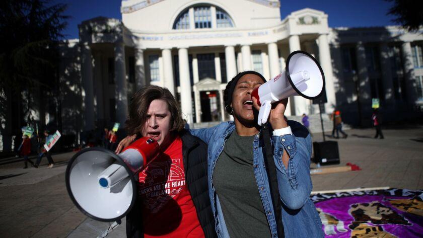 BESTPIX Oakland Teachers Go On Strike