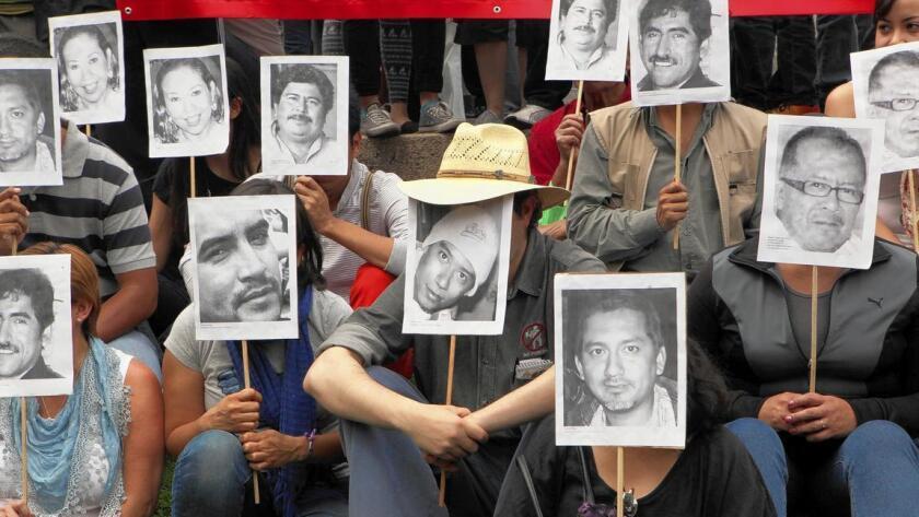 México, el país más mortífero del continente americano para el gremio periodístico en 2014, ocupa el lugar 148, entre 180 países, en la Clasificación Mundial de la Libertad de Prensa de Reporteros sin Fronteras publicada en febrero de 2015.