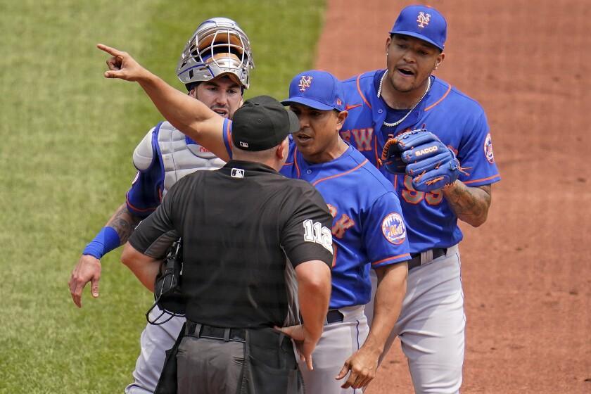 En foto del 18 de julio del 2021, el piloto de los Mets de Nueva York, Luis Rojas,