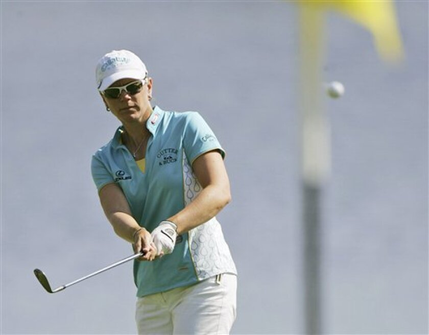 Annika Sorenstam makes a chip shot to the 17th green during the second round of the LPGA ADT Championship at the Trump International Golf Club Friday, Nov. 21, 2008 in West Palm Beach, Fla. (AP Photo/J Pat Carter)