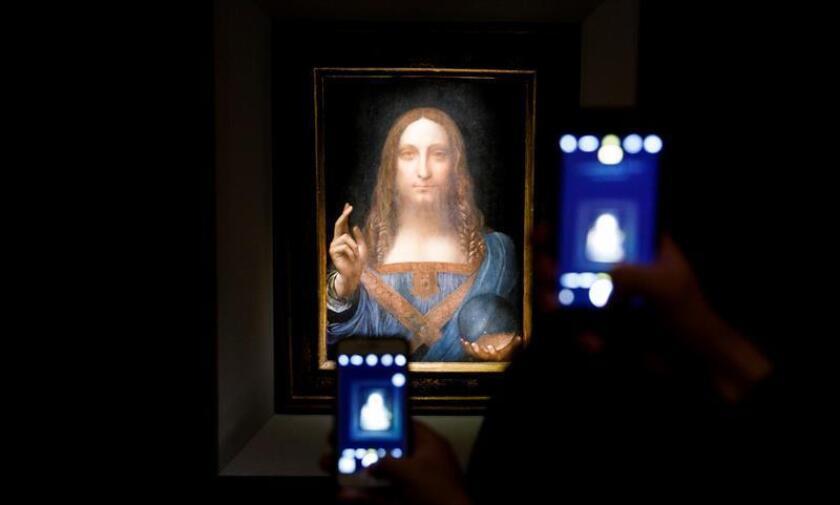 El misterioso comprador que el mes pasado se adjudicó en una subasta un cuadro de Leonardo Da Vinci por 450 millones de dólares es un príncipe saudí, según informó hoy The New York Times. EFE/EPA/ARCHIVO