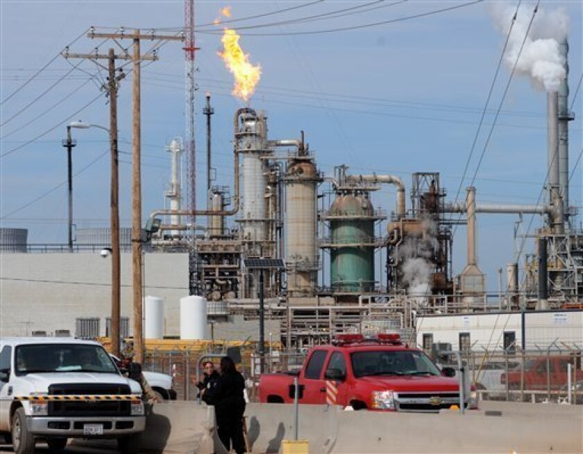 Lawsuit details cause of NM oil refinery explosion - The San