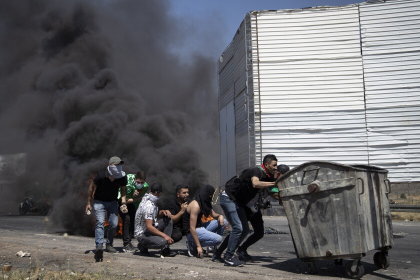 Palestinians flee their homes after overnight Israeli heavy missile strikes