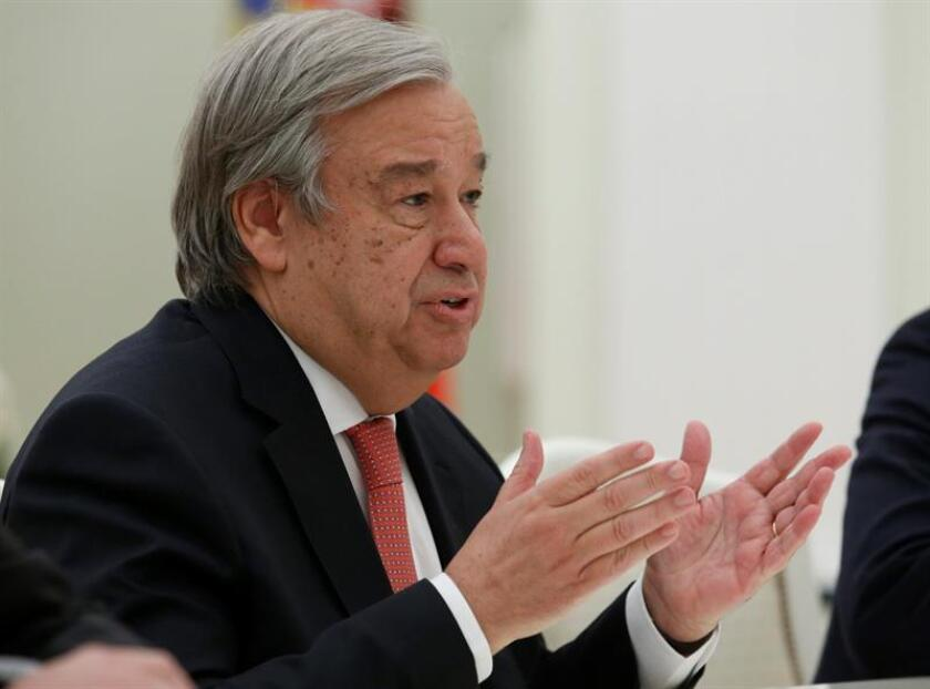 """El secretario general de la ONU, António Guterres, aseguró hoy que el veto a los ciudadanos de ciertos países decretado por el presidente de EE.UU., Donald Trump, viola """"principios básicos"""" y debería ser eliminado. EFE/ARCHIVO"""
