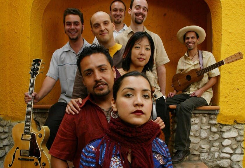 Quetzal in 2003, when Gabriel Gonzalez, seen behind his sister Martha, was still singing with the band.