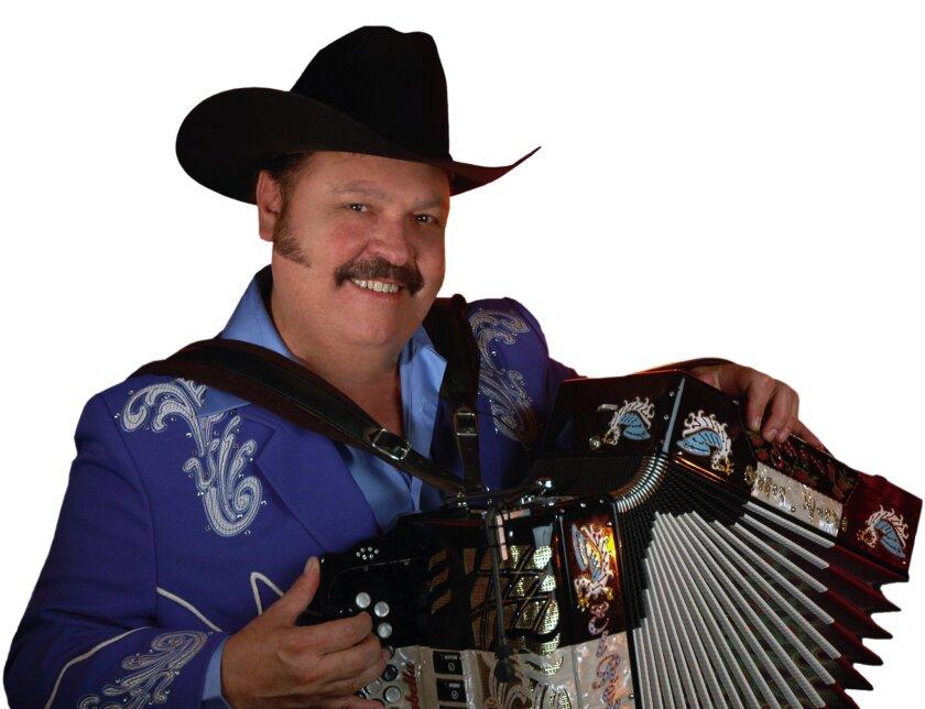 El afamado acordeonista Ramón Ayala se presentará este sábado por primera vez en el Microsoft Theater.