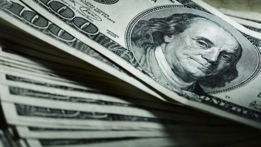 Muchos consideran que los estadounidenses necesitan mas que un solo cheque de ayuda.