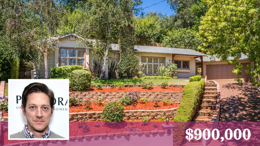 Actor Kevin Rahm has sold his Studio City home for $900,000.