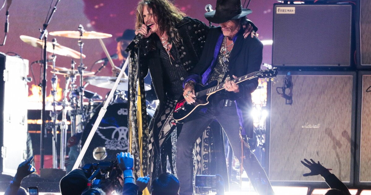"Grammys 2020: Aerosmith and Run-D.M.C. reunite on ""Walk This Way"" - Los Angeles Times"
