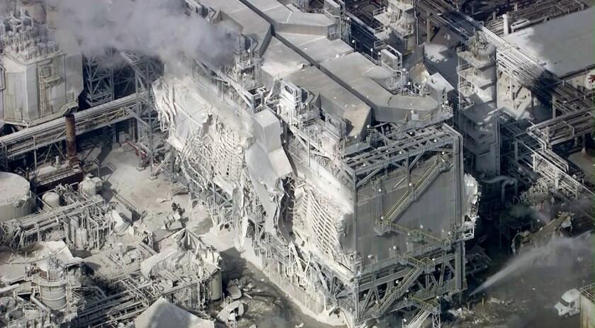 Explosion at Exxon Mobil Torrance refinery