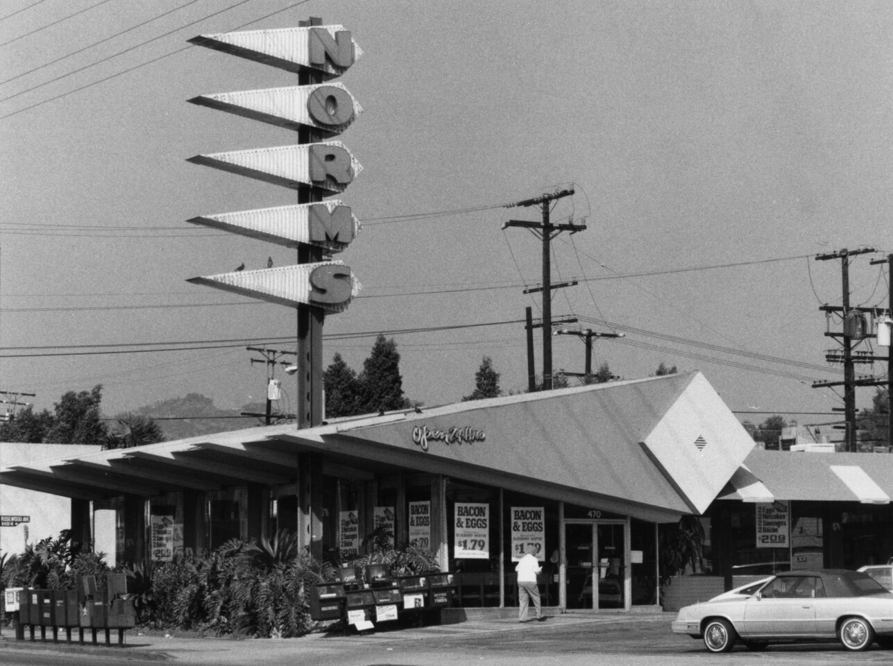 Norms opened on La Cienega Boulevard in 1957. Eldon Davis' coffee shops were inspired by the Space Age and California's car culture.