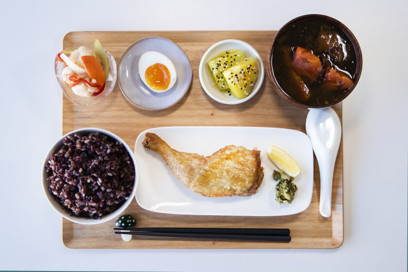 469795-la-fo-yangs-kitchen-alhambra-review-bill-addison6-MAM.jpg