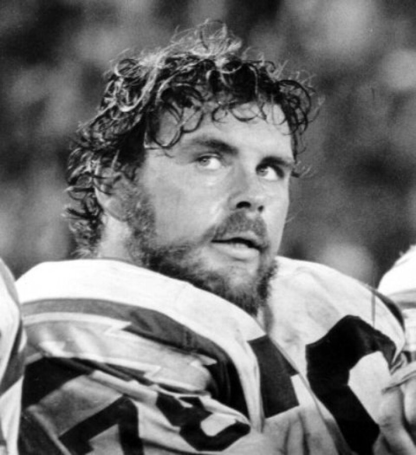 Walt Sweeney, a former Chargers guard named to All-Star teams and Pro Bowls for nine consecutive years, died on Saturday of pancreatic cancer. He was 71.