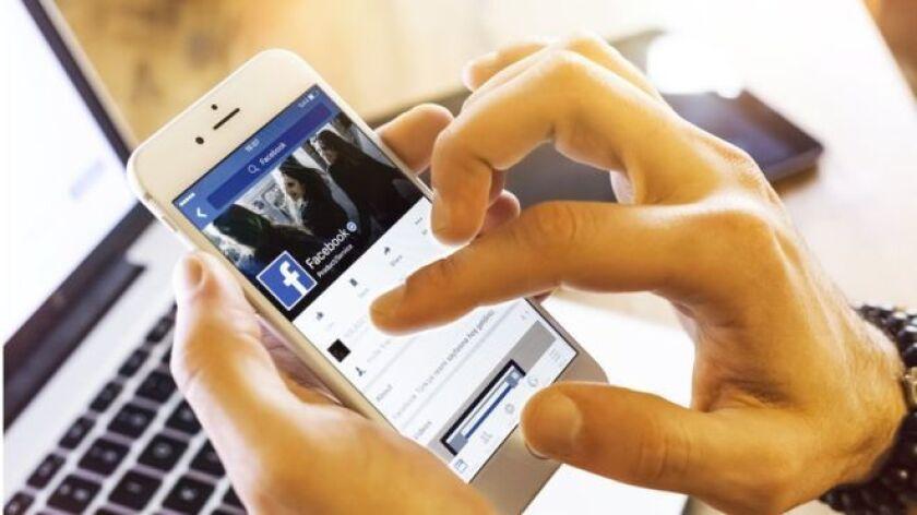 Cada día millones de personas se conectan a Facebook. Sin embargo, muchas no comprenden cómo la red social usa sus datos o cómo pueden tener más control sobre el contenido que comparten en ella.