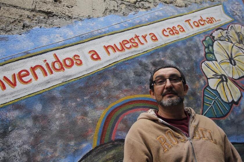 Fotografía fechada este miércoles, 24 de enero de 2018, del migrante Fabrizio Ramos mientras posa durante una entrevista para la agencia Efe, en Ciudad de México (México). EFE