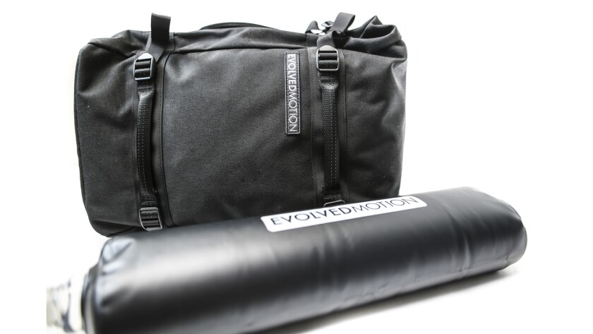 EmPack by EvolvedMotion - Empack with one water-filled reservoir. The EmPack holds up to four water