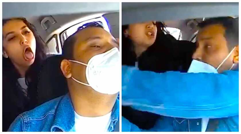 La mujer sin mascarilla tose hacia el chofer, le quita el celular que estaba en el tablero y le arranca la máscara.