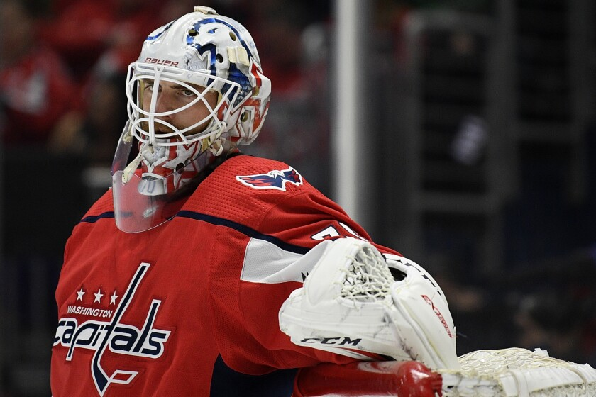Washington Capitals goaltender Braden Holtby made 30 saves during the team's 2-1 win over the Boston Bruins on Sunday.