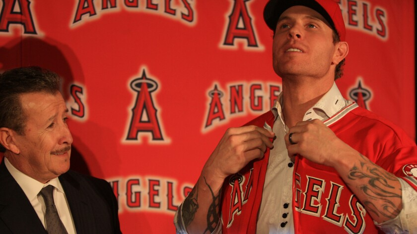 The relationship between Angels owner Arte Moreno and outfielder Josh Hamilton has deteriorated considerably since Moreno welcomed Hamilton to the team in December 2012.