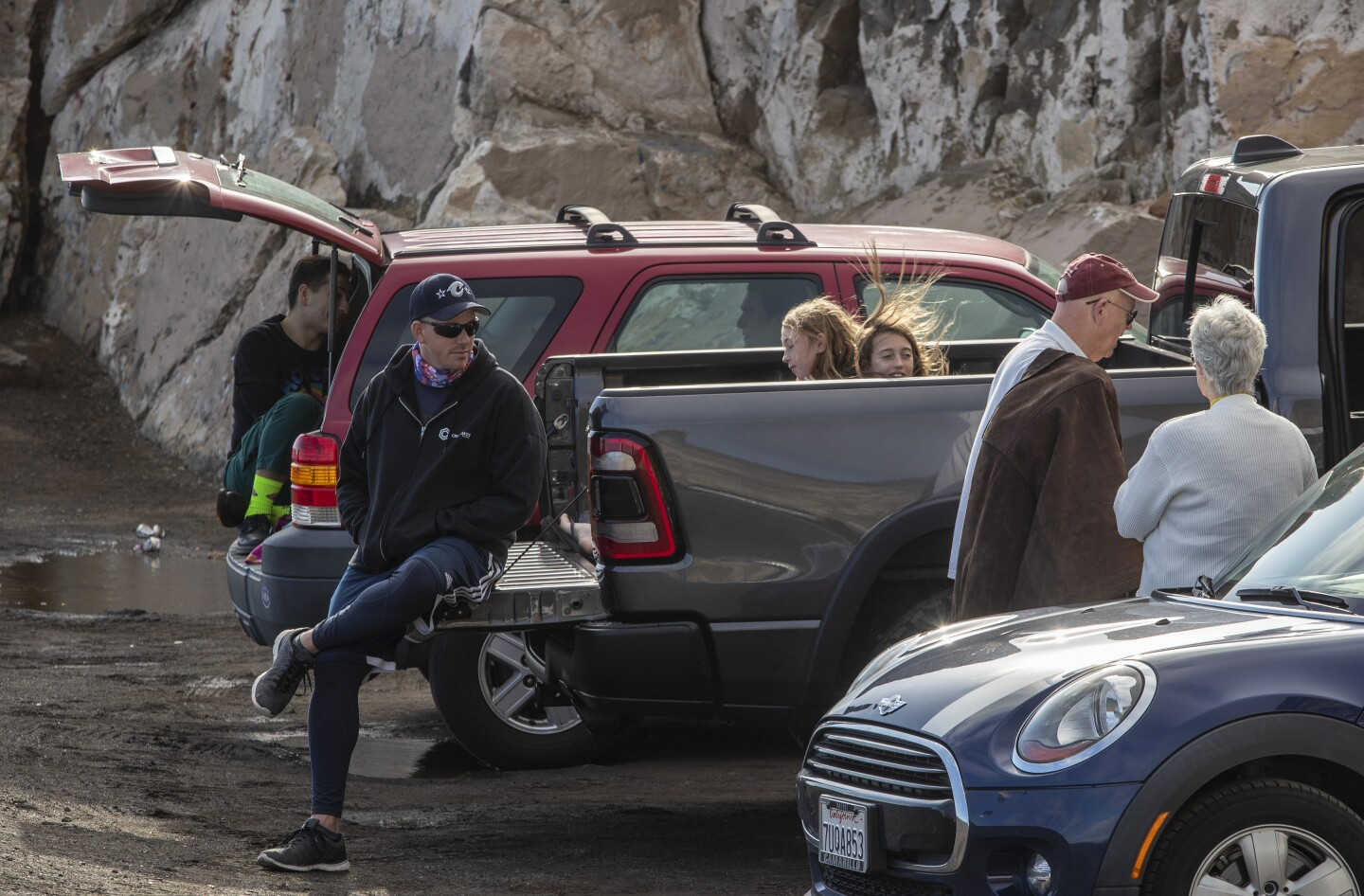 POINT MUGU, CA - APRIL 11: Visitors to Pt. Mugu ignore no parking as well as coronavirus and social distancing restrictions on Saturday, April 11, 2020 in Point Mugu, CA. (Brian van der Brug / Los Angeles Times)