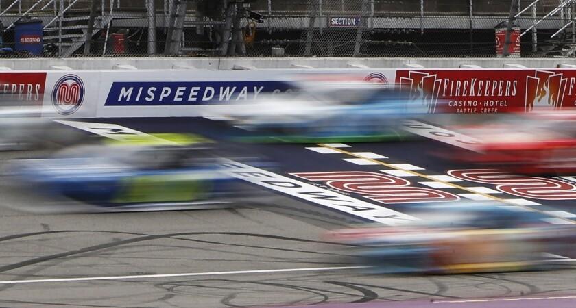 NASCAR Motorsports-Virtual Racing