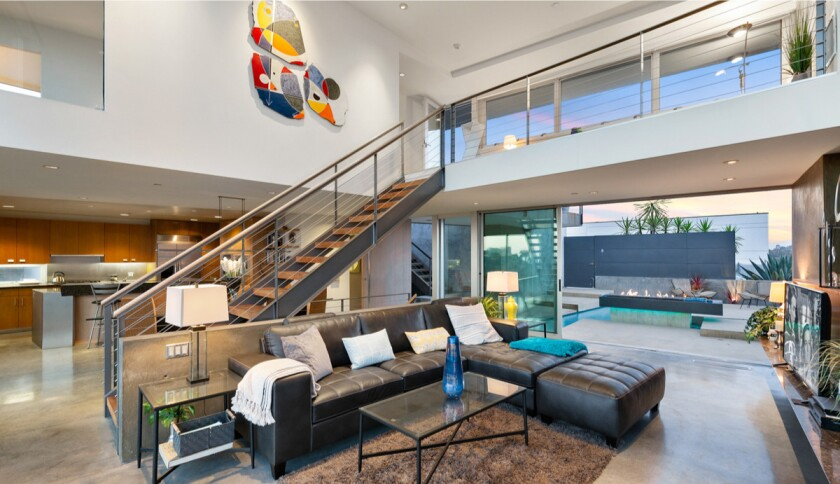 Hollywood Hills home built by Steven Ehrlich