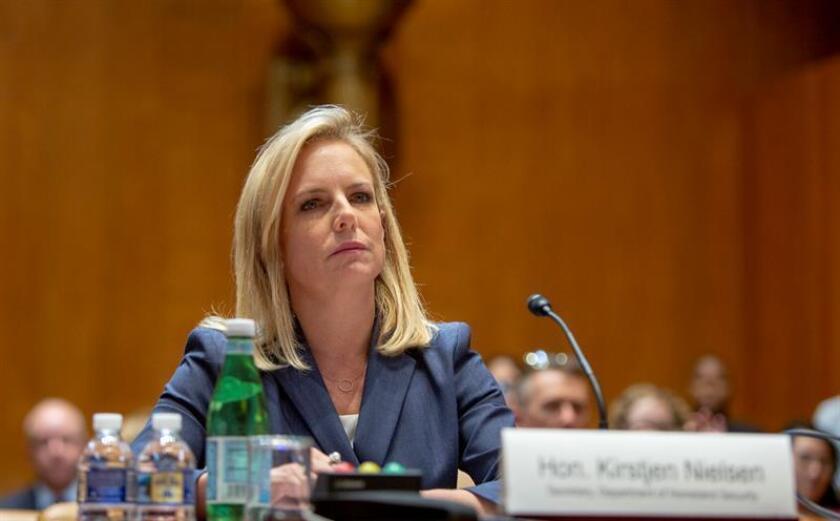 Este ha sido el caso de la secretaria de Seguridad Nacional, Kirstjen Nielsen, una de las caras visibles de la retórica antiinmigrante del Gobierno de Trump. EFE/Archivo