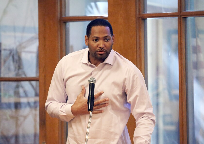 Robert Horry, former NBA basketball player and winner of seven NBA championship titles is the guest speaker during the YMCA Quarterback Club Meeting at the Oakmont Country Club banquet facility in Glendale, Ca., Tuesday, October 15, 2019. (photo by James Carbone)
