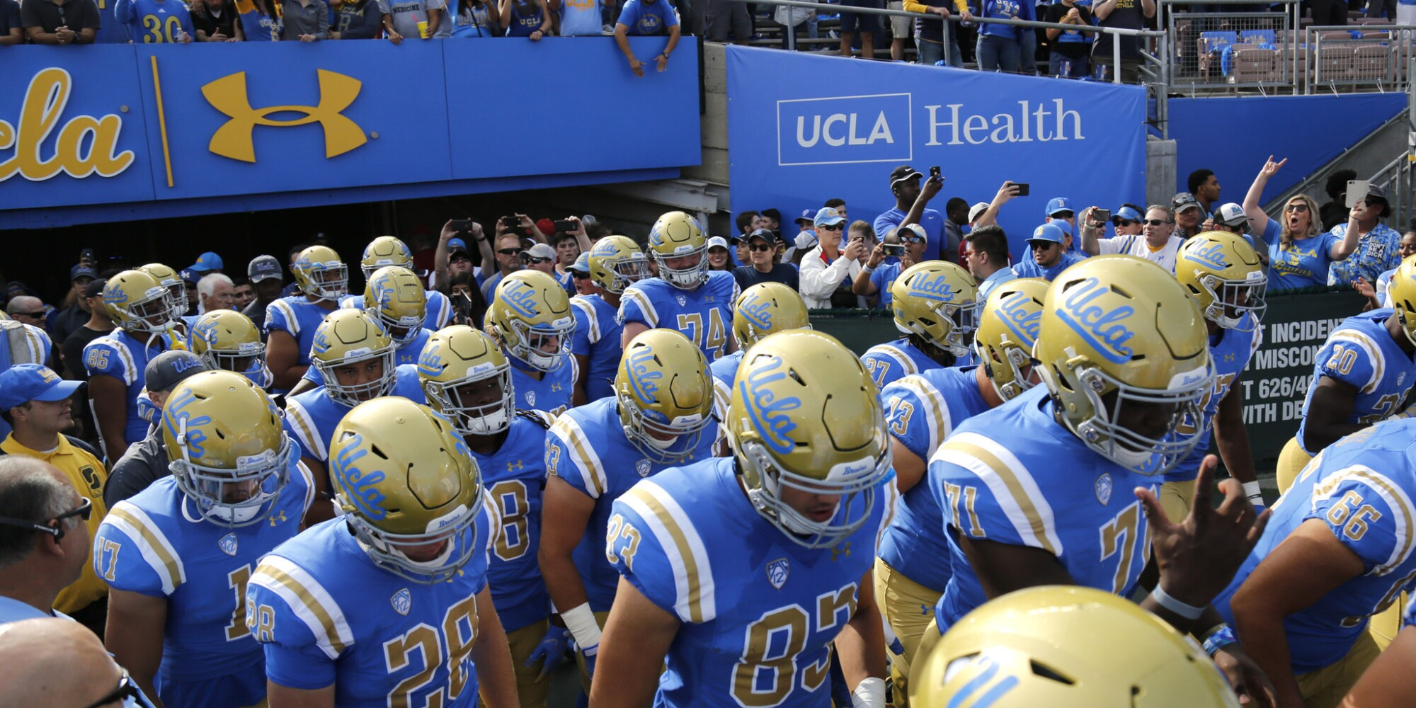UCLA vs. USC: Bruins prevent Trojans from becoming bowl eligible with 34-27 win