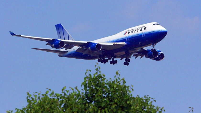 A United Airlines Boeing 747 prepares to land in 2007.