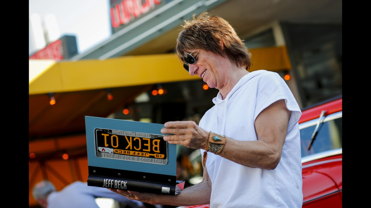 Five decades of Jeff Beck's life and music in 'Beck01'
