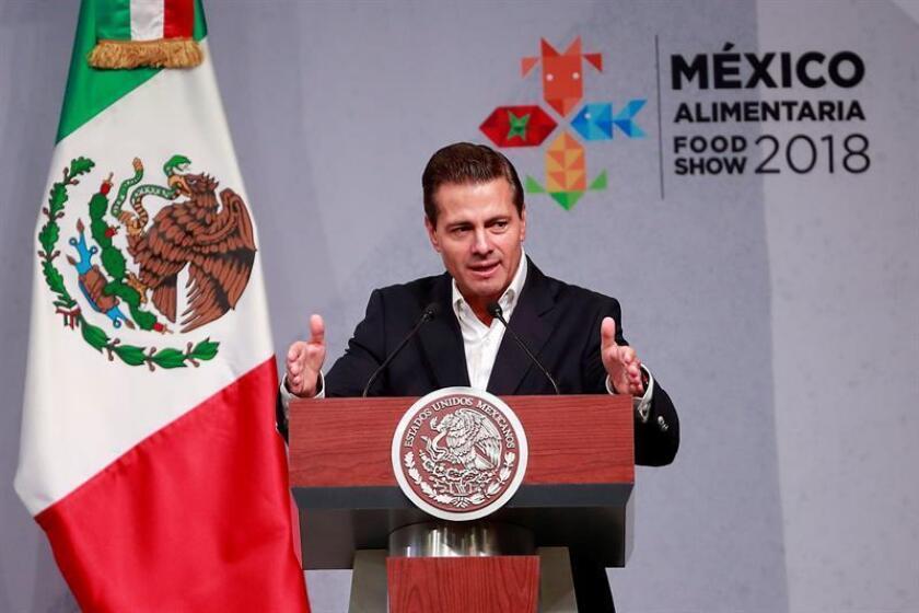 El presidente de México Enrique Peña Nieto habla hoy, miércoles 15 de agosto de 2018, durante la inauguración de la México Alimentaria Food Show 2018 que se realiza en la capital mexicana. EFE