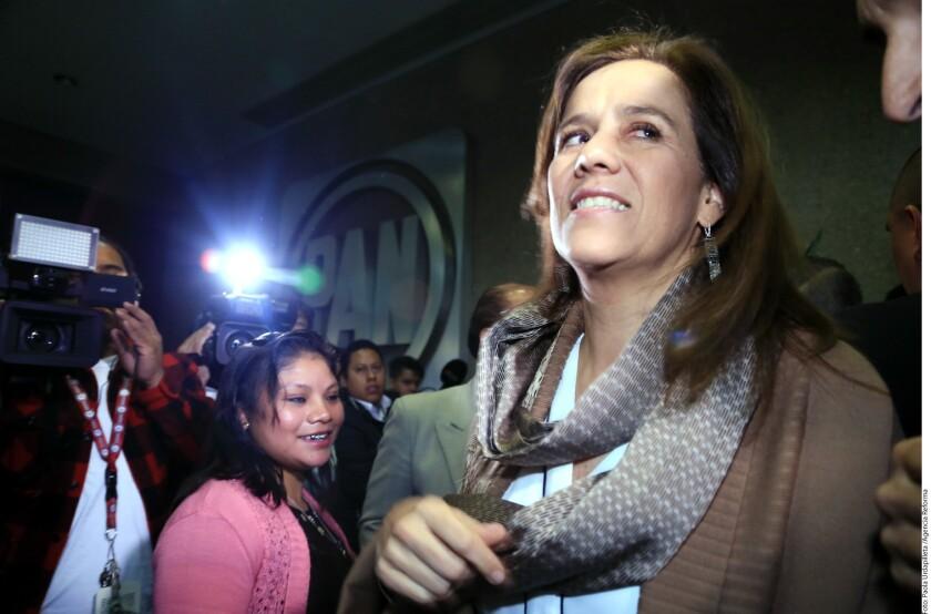 """Margarita Zavala, aspirante a la candidatura presidencial del conservador Partido Acción Nacional (PAN) para las elecciones de 2018, aseguró hoy que """"México está preparado para tener una mujer presidenta"""", al presentar su libro autobiográfico """"Margarita. Mi historia""""."""