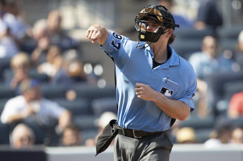 umpire ben may.JPG