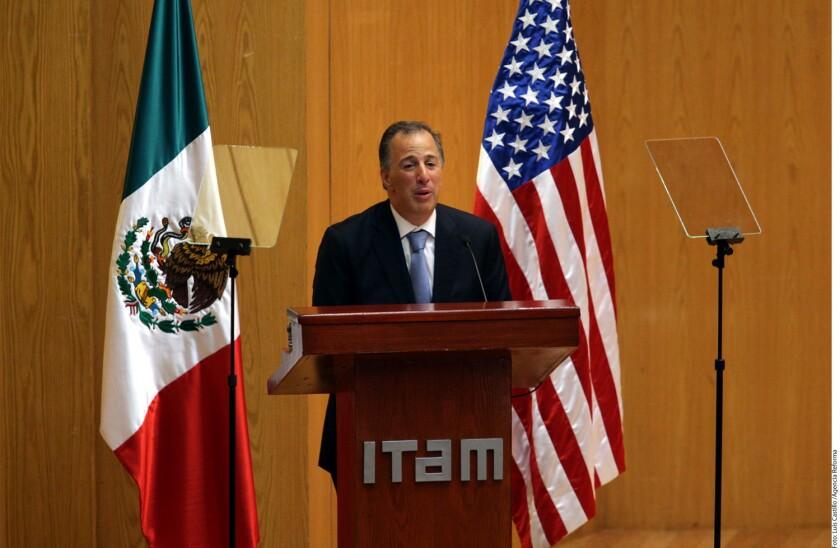 Pese a la retórica empleada por los candidatos a la Presidencia de Estados Unidos, la relación de México con aquel país es fuerte y estructural, aseguró el Secretario de Hacienda, José Antonio Meade.