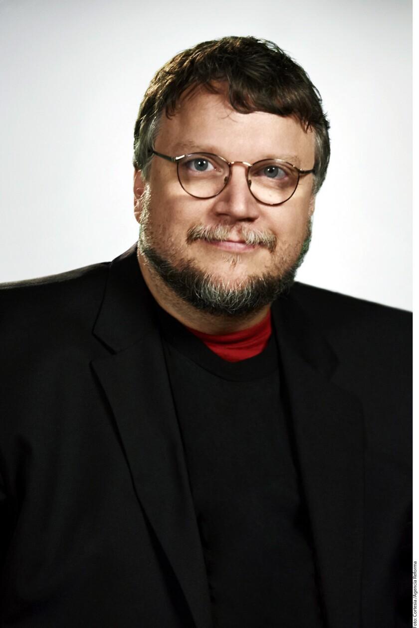 Pide Del Toro justicia para cineasta asesinado en México y hablará con Mancera.