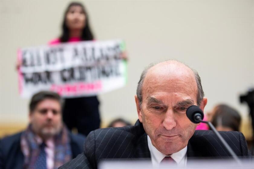El representante especial de Estados Unidos para Venezuela, Elliott Abrams, comparece ante el Comité de Exteriores de la Cámara Baja para hablar de la situación en el país, el miércoles 13 de febrero de 2019 en Washington (Estados Unidos). EFE/Archivo