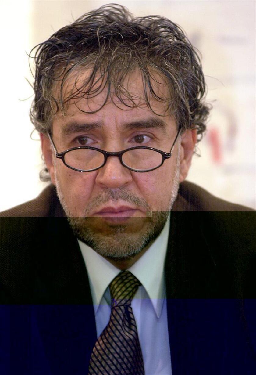 El novelista, cuentista y ensayista mexicano Guillermo Samperio falleció hoy a los 68 años víctima de un paro cardiorrespiratorio, confirmó el Instituto Nacional de Bellas Artes (INBA), que lamentó el deceso. EFE/Archivo