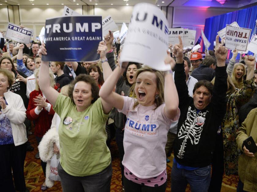 Partidarios de Donald Trump celebran en Spartanburg, S.C.